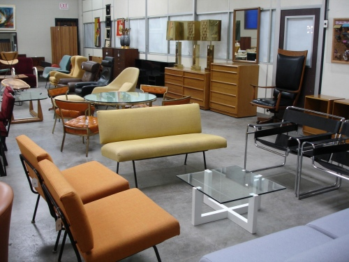 Lot 28 Florence Knoll Chairs